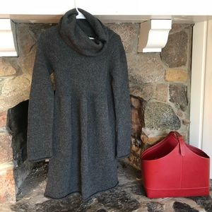 Old Navy Sweater Dress NWT, Small
